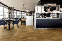 Pergo-Wood-Sandhamn-Smoked-Manor-Oak-Chevron-04374-pic-
