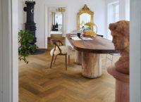 Pergo-Saltholm-Brown-Herringbone-Oak-04979_Interior01