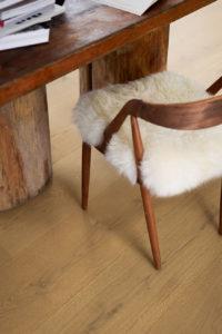 Pergo-Wood-Langeland-Brown-Chestnut-Oak-05116-2_Interior02